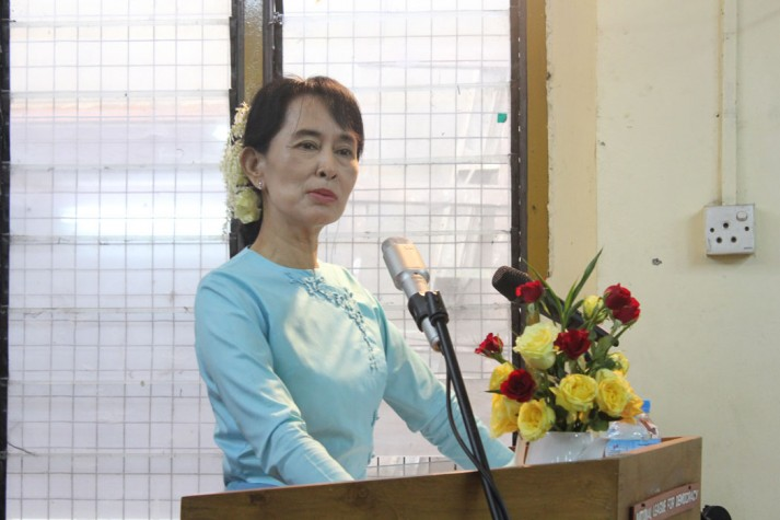 Aung San Suu Kyi making a public statement after her release from house arrest in 2010.  image: burmacampaign.com