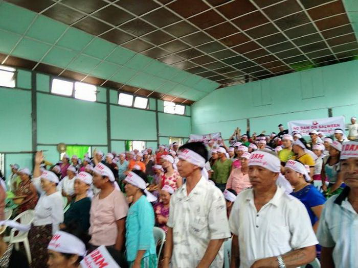 Kunhing villagers protest against Mong Ton Dam, April 30, 2015.